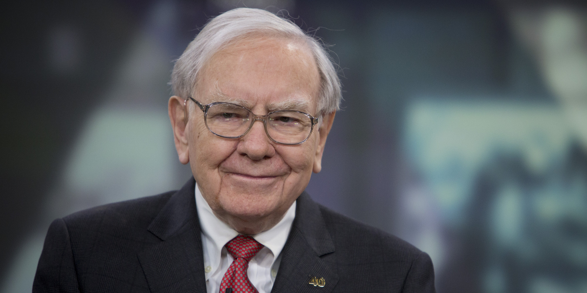 The one thing Warren Buffett suggests we all invest in.